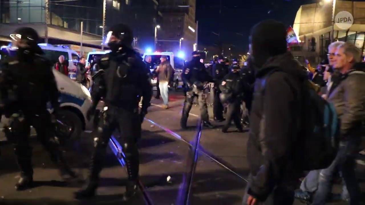 Kein Ruf nach Frieden: Die Querdenken-Proteste am 07.11.2020 in Leipzig enden in Gewalt