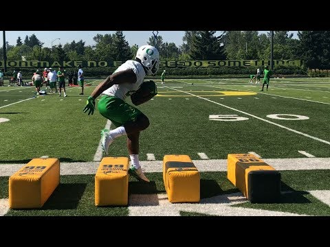Oregon Ducks football: Sights and sounds from Day 3 of fall camp