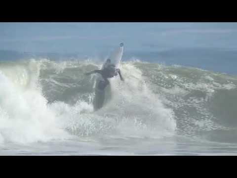 Surfing Cape Town – Dillan Lowenthal