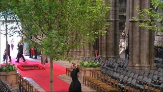 Verger cartwheels at Royal Wedding