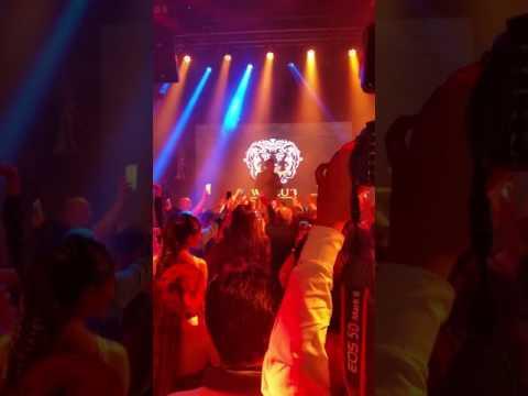 للموسيقى عنوان: w club marrakech.خليجي عراقي لبناني مغربي