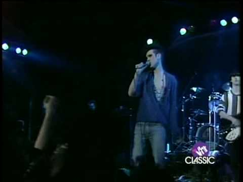 The Smiths - 09 Hand In Glove (Derby 83)