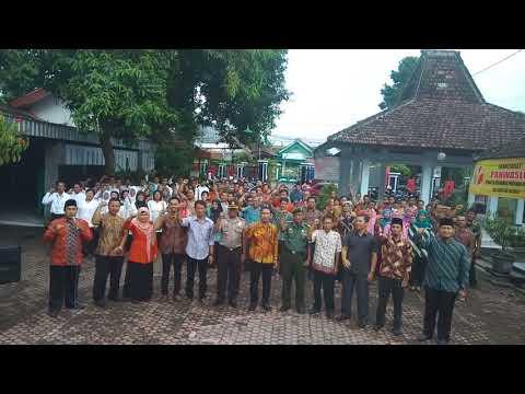 Yel Yel KPU Coklit  Di Kecamatan Ngunut