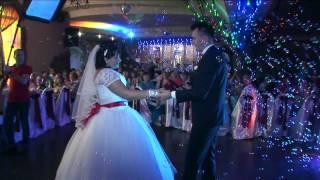 Супер!!!  Жених поет невесте и танцует свой первый танец А поет как??? Рыбница ПМР