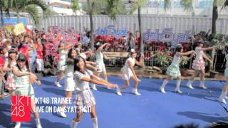 JKT48 live performance: Gomen Ne, Summer at RCTI dahSyat [10.02.2013]‬