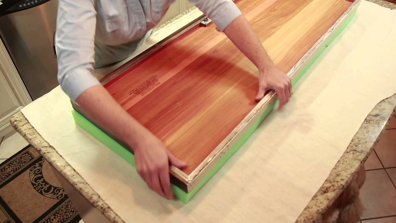 How To Replace The Cover On A Cedar Chest : DIY Home Decor Tips