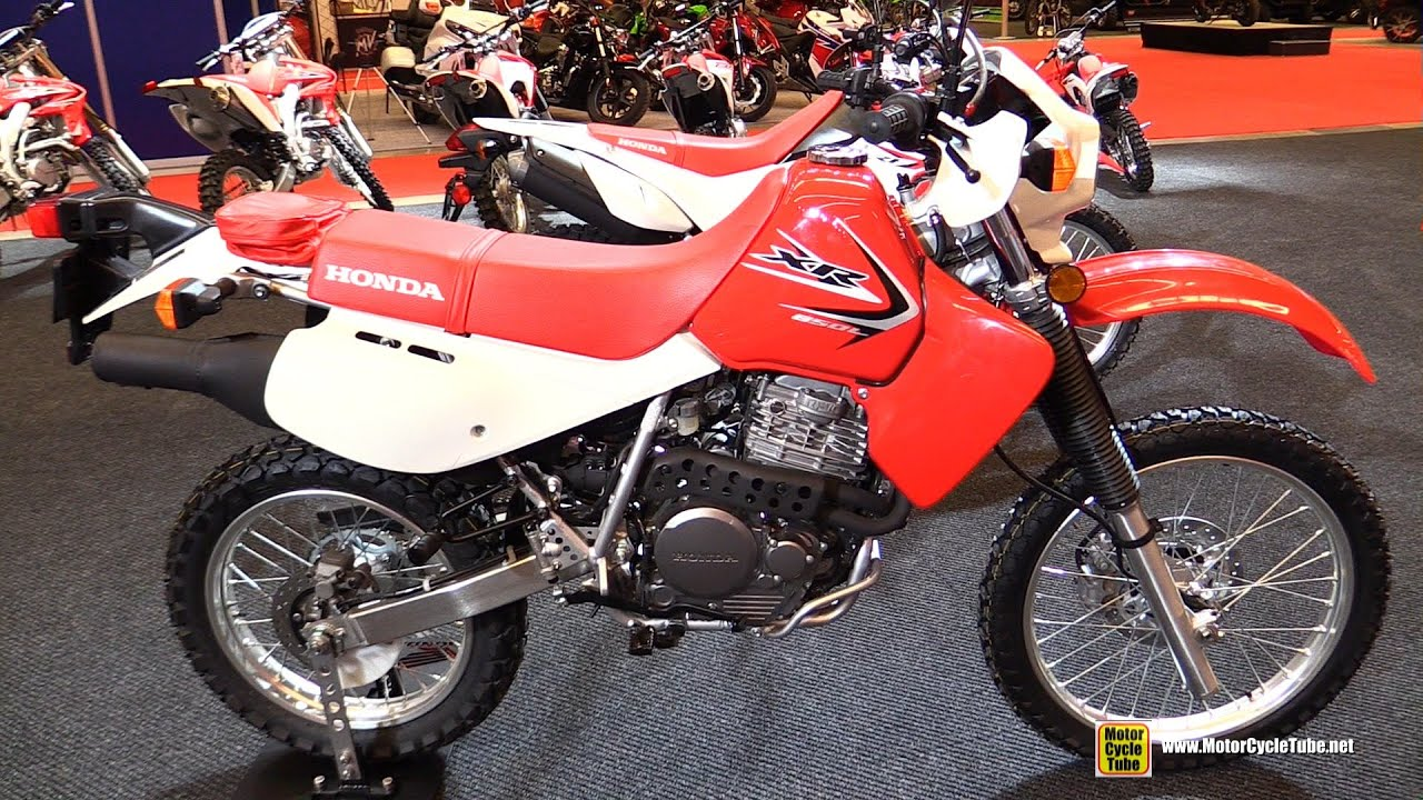 2015 Honda XR 650L - Walkaround - 2015 Salon Moto de Montreal - YouTube