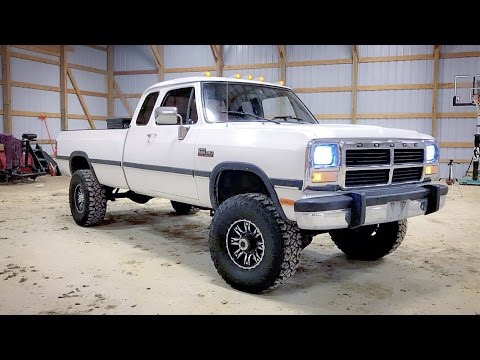 MINT FIRST GEN 12 VALVE CUMMINS! *MUST SEE!* - YouTube
