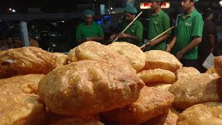 Ramadan Street Food Special   Khajla - Ramzan Ki Khas Soghat in Pakistan's Food Street
