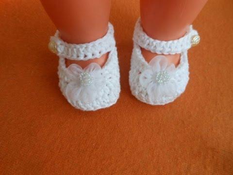 64b7b5f2d286 Háčkované botičky pro panenky-Crocheted booties for dools - YouTube