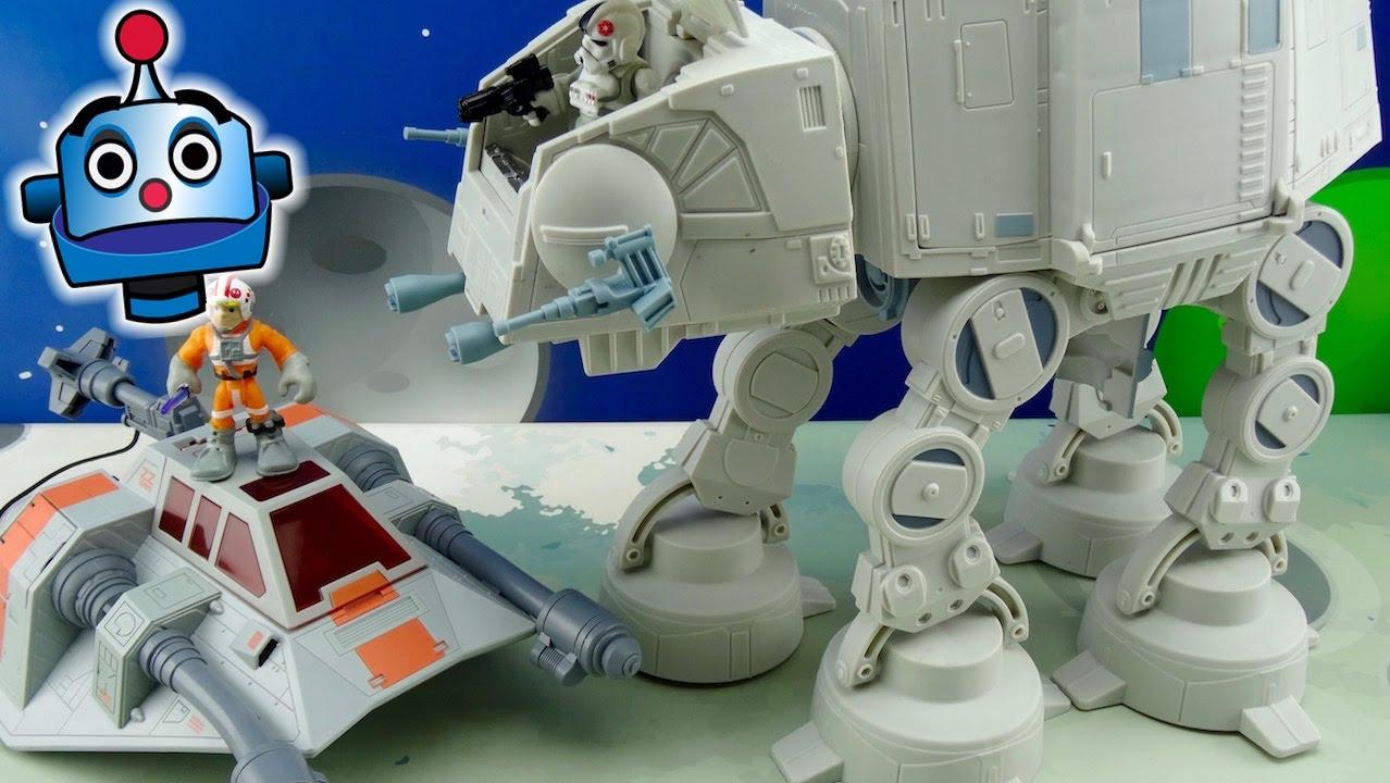 STAR WARS ATAT and SNOWSPEEDER with Luke Skywalker and a pilot