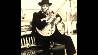Watch John Lee Hooker Crawlin Black Spider video