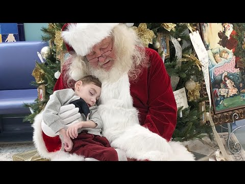 2-Year-Old Hospice Patient Sits on Santa's Lap One Last Time