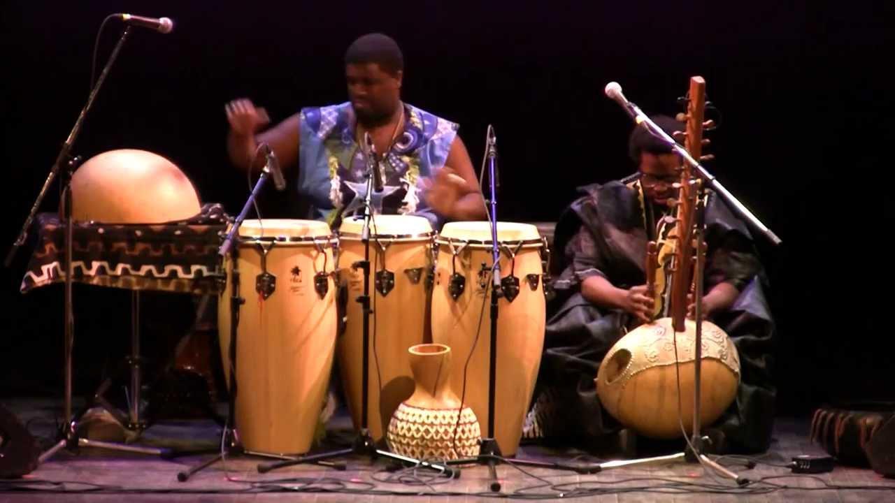 Weedie Braimah & Amadou Kouyate World Drums 2012