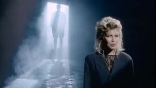Kim Wilde  You Keep Me Hangin