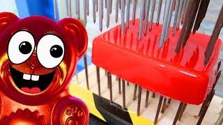 Nagelbrett gegen rote Gelatine - Experimente mit Lucky Bär