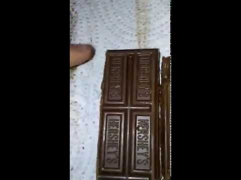 Banach-Tarski infinite chocolate paradox