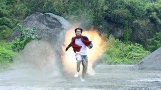 1:20 爆破の中で走り〜ギャモンジャンプ〜着地 第一話の映像技法は「合...