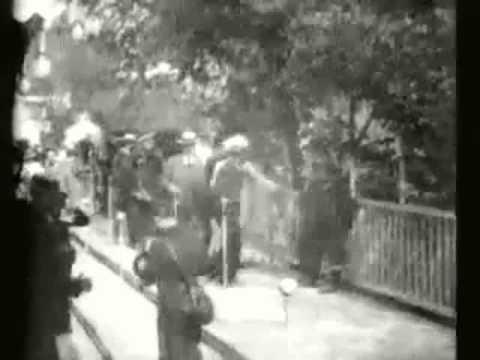 Edison Moving Sidewalk 1900 Paris 1