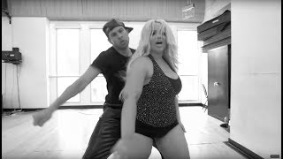 Sean van der Wilt - Shoulda (Dance Video)