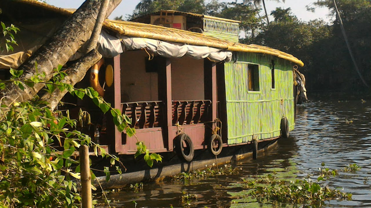 Do Houseboats do houseboats Luxury Alleppey Houseboats