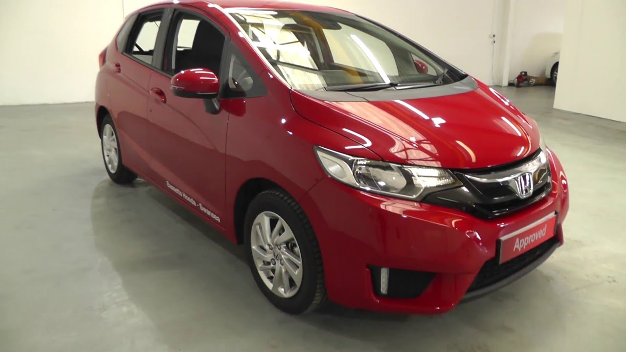 Honda JAZZ 1.3 SE in milano red , video walkaround - YouTube