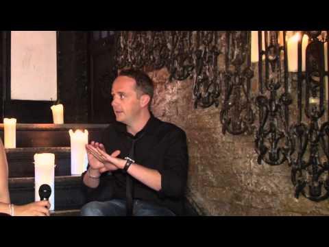 Tiger World TV interviews celebrity psychic and medium 'Stewart Keeys'