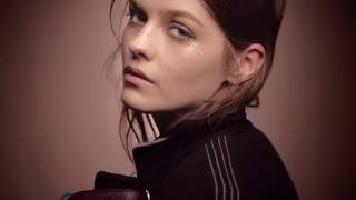 The Burberry Runway Make-up Campaign