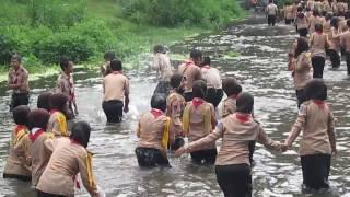 Download Video heboh pramuka mandi di sungai  video salam pramuka MP3 3GP MP4