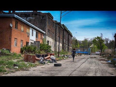 Warning Worst Abandoned Neighborhood | Serial Killer made it Creepy (Urban Exploration)