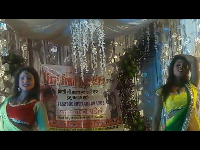 2018 Bigest superhit performance by rekah and sapna on Pawan Singh song