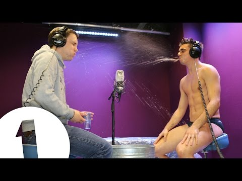 Olympic diver Chris Mears plays Innuendo Bingo in his speedos!