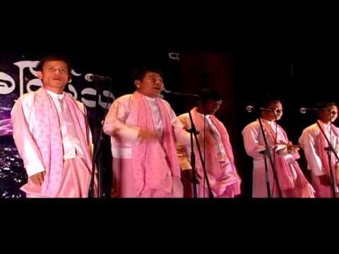 Aung Pyae Shan & 5 Stars ႏွင့္  ဒါလီလင္း တို႔စကၤာပူမွာကတဲ့ အျငိမ့္၊ျပဇာတ္၊ႏွစ္ပါးသဘင္ VTS 01 1: Aung Pyae Shan & 5 Stars ႏွင့္  ဒါလီလင္း တို႔စကၤာပူမွာကတဲ့ အျငိမ့္၊ျပဇာတ္၊ႏွစ္ပါးသဘင္