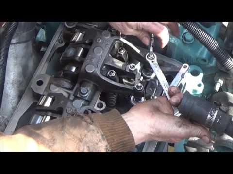 Detroit Series 60 In Frame Rebuild Part 14 Valve Adjust