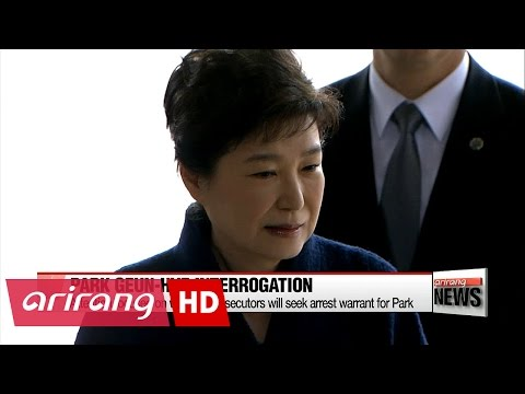 Former President Park Geun-hye undergoes questioning by prosecutors