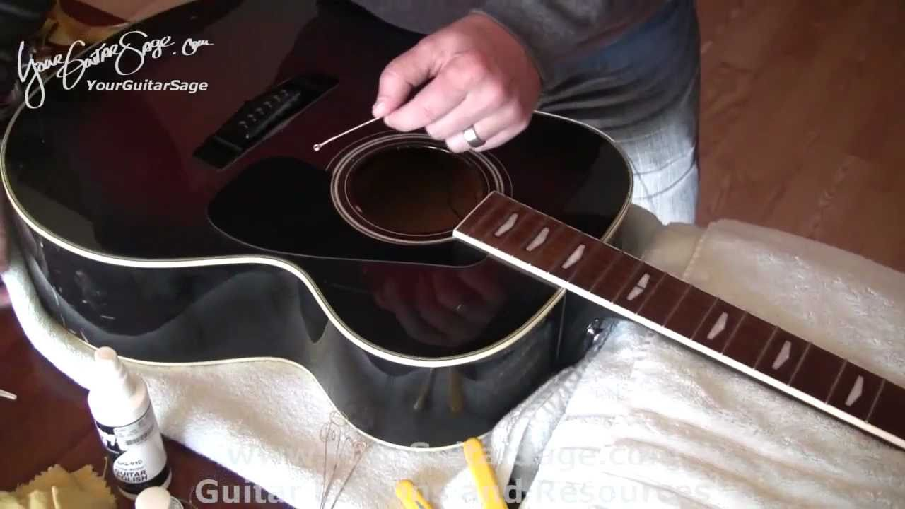 changing strings on an acoustic guitar part 1 easy video youtube. Black Bedroom Furniture Sets. Home Design Ideas