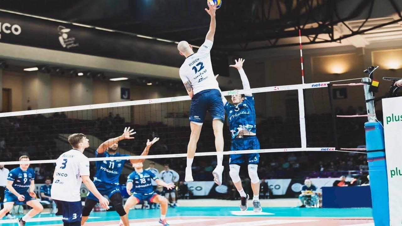 23 Years Old Bartosz Kurek - Amazing Volleyball Player