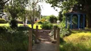 Ferryboat Cottage - Gardens and Views of Loch Ken