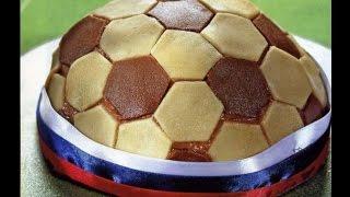 Торт Мяч с миндалем и персиками