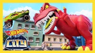 vuclip THRASHING T-REX! | Hot Wheels City: Season 3 | Episode 7