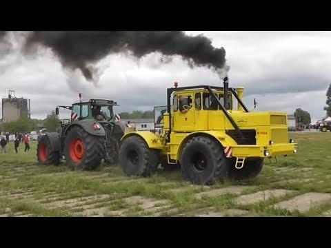 Советский трактор K-700
