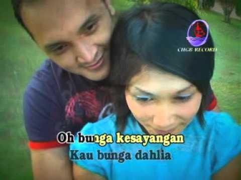 Ida Laila ft Mus Mulyadi   Bungaku