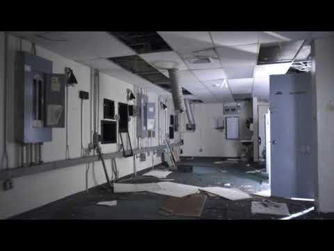Abandoned movie theater: Hylan Plaza cinema closes