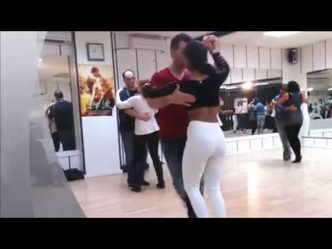 BACHATA Romeo Santos -Eres Mia  Www.bskdance.com