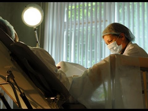 Скрытая камера в гинекологии на аборте