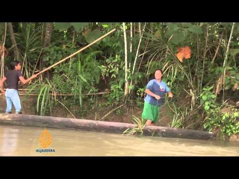 Ecuadorean villagers fight against rainforest pollution