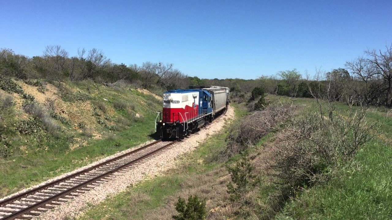 Heart of Texas Railroad & GMTX 2203 on 03-24-16
