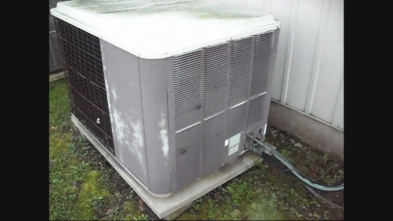 Old Lennox Heat Pumps At A Commercial Property