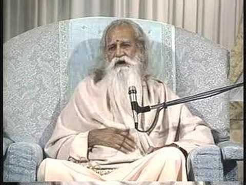 Truth Never Changes : Sri Swami Satchidananda (Integral Yoga)