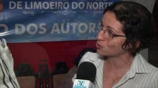 Fernanda Cardoso Professora do curso de Letras da FAFIDM destaca a grandeza da Feira do Livro